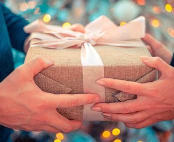 Qué regalar a una persona mayor