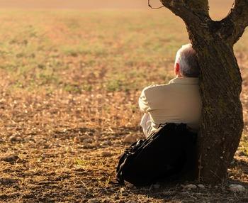 Cómo afecta la soledad en las personas mayores